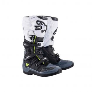 Tech 5 Boots Black / Dark Grey / White